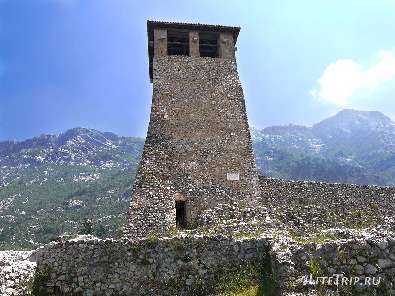 Албания. Башня крепости Круя.