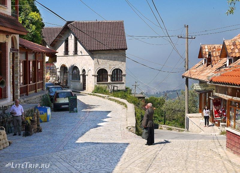 Албания. Дорога к крепости Круе.