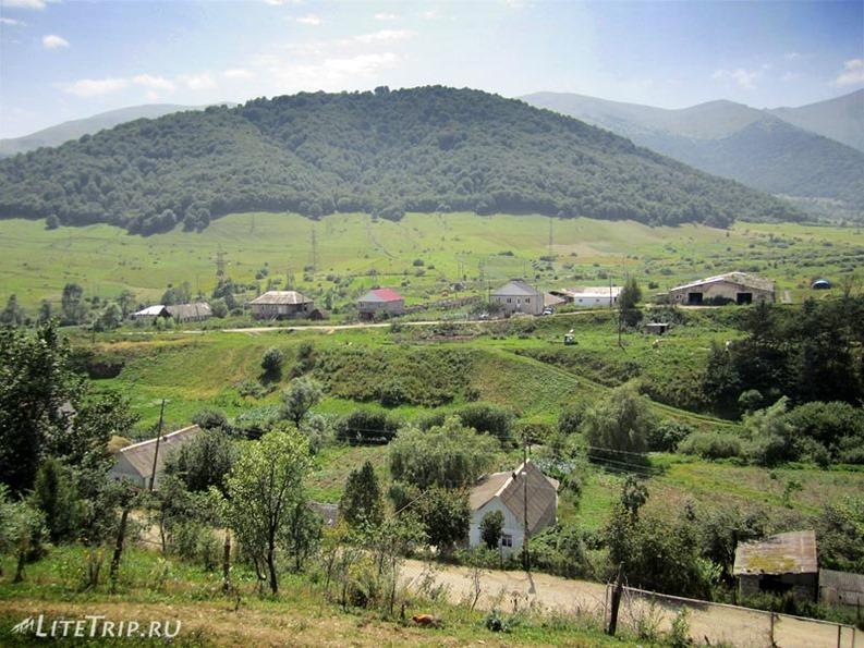 Армения. Село Фиолетово.