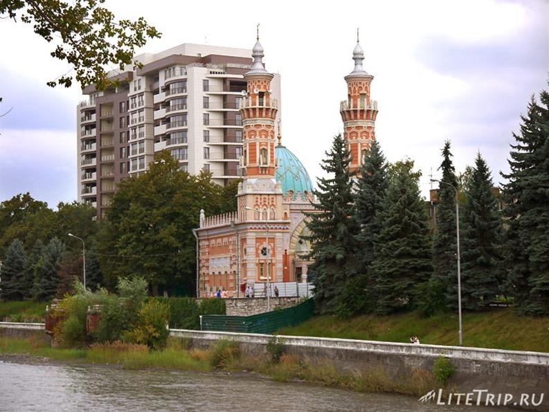 Россия. Владикавказ - мечеть.