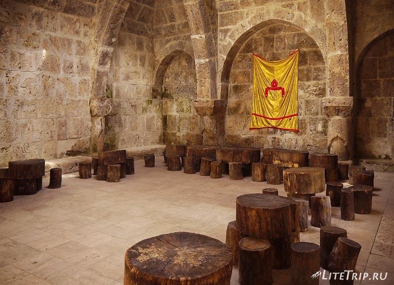 Армения. Дилижан - средневековая школа монастыря Агарсин.