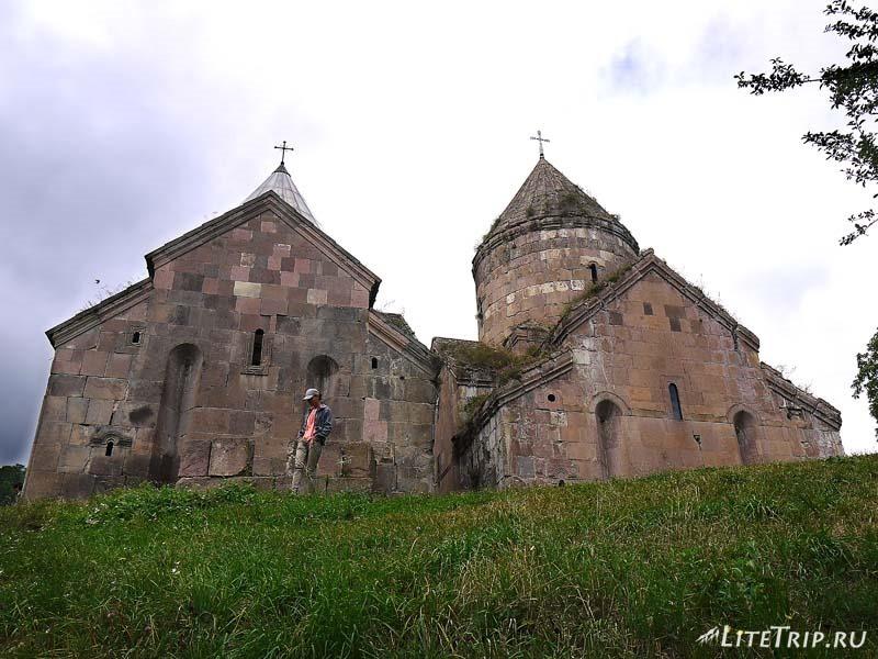 Армения. Дилижан - монастырь Гошаванк с обратной стороны.