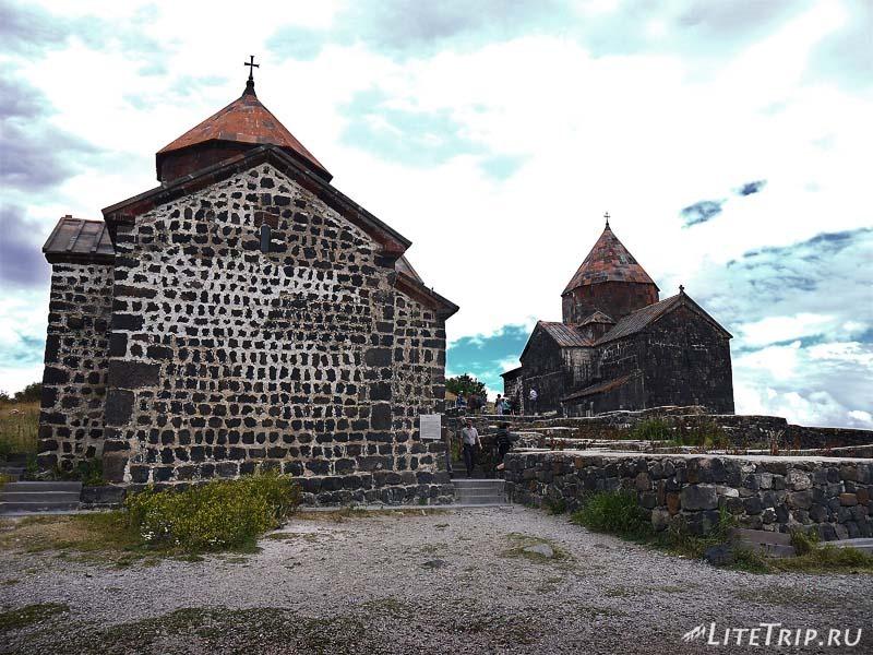 Армения. Монастырский комплекс Севанаванк.