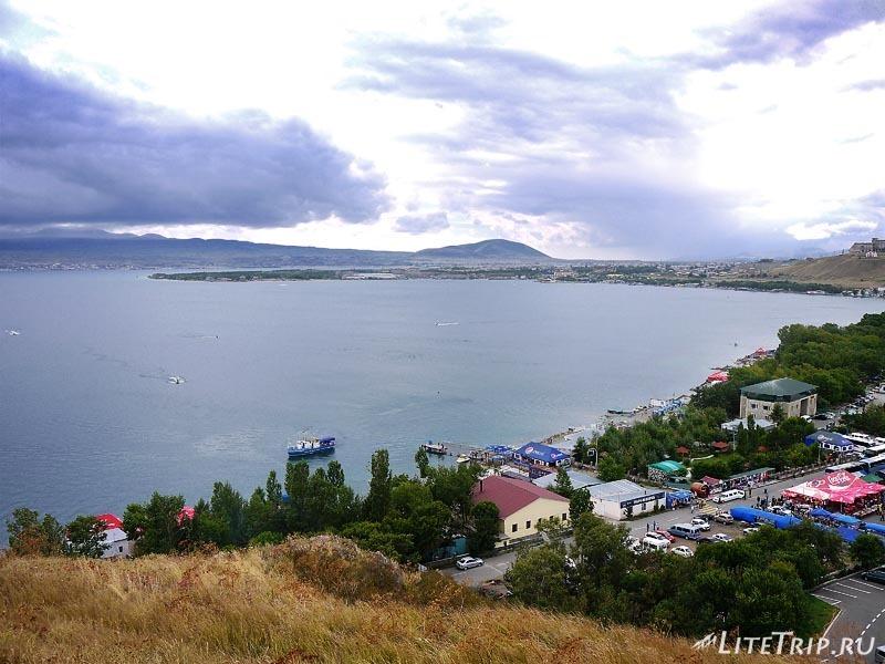 Армения. Озеро Севан - пляжи.