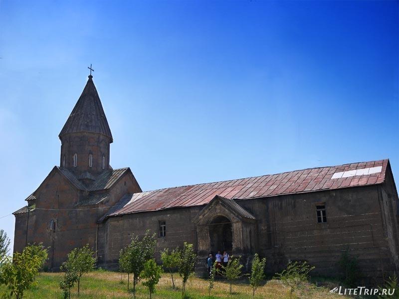 Армения. Город Аштарак - церковь Святой Марине.