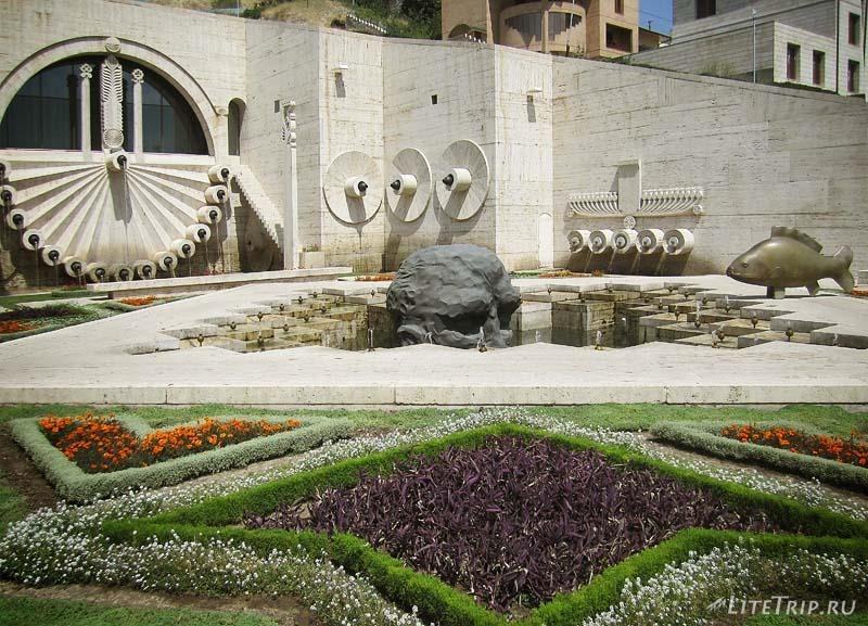 Армения. Большой Каскад в Ереване - фонтаны.