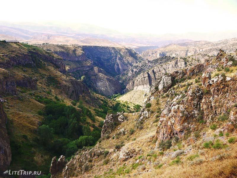 Армения. Гндеваз - ущелье Вайоц.