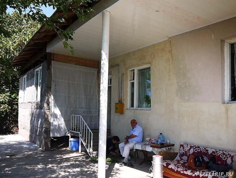Армения. Гндеваз - гостеприимный дом Давида.