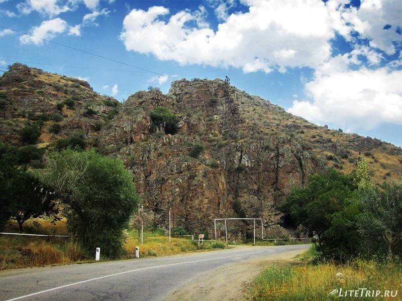 Армения. Дорога из Ехегнадзора.