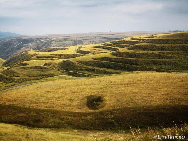Армения. Подъезжаем к Нагорному Карабаху -ландшафт.