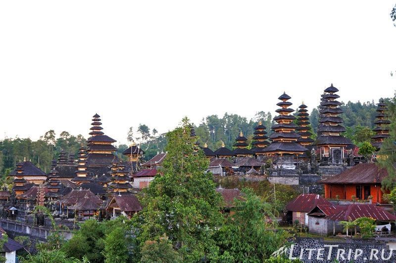 Индонезия. Бали. Храм Бесаких.