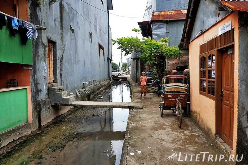 Индонезия. Сулавеси. Макассар. Улицы.