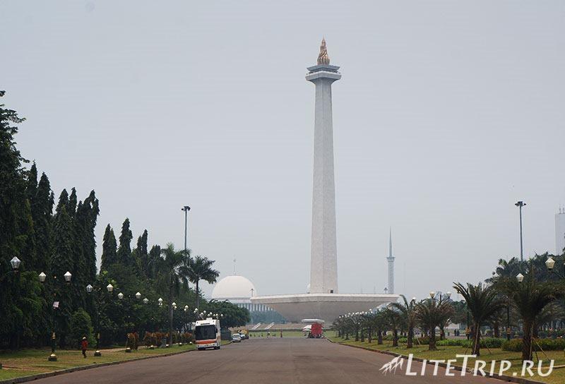 Индонезия. Джакарта. Площадь свободы.
