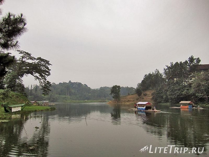 Индонезия. Ява. Богор. Озеро Лидо.