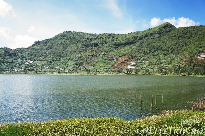 Индонезия. Ява. Плато Диенг. Озеро