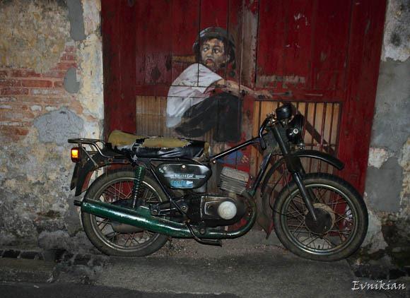 grafiti_motocicl