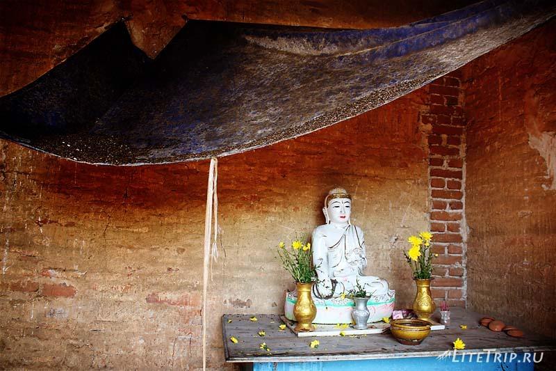 Пагода Мингун - Будда.