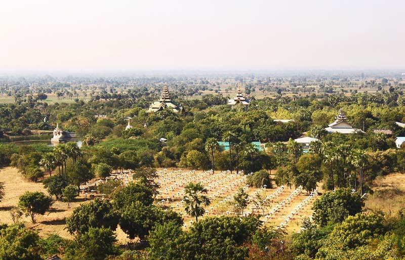 Компалекс Bodhi Tataung на холме. Поле Будд.