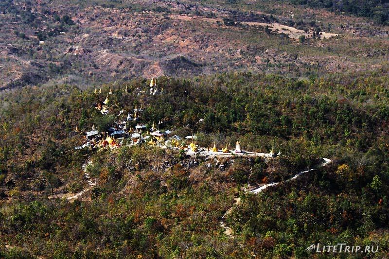 Гора Попа. Храм на вершине.