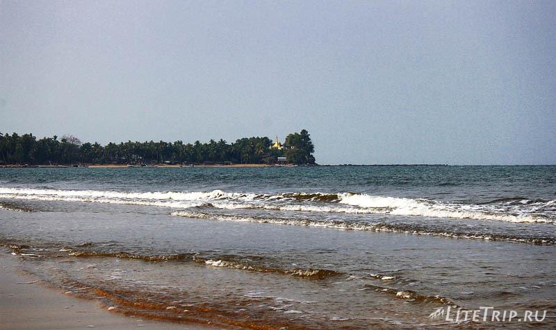 Пляж Чаунг Та. Море.