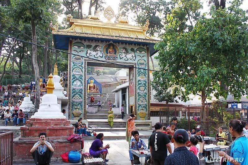 Ступа Сваямбунатх (Обезьяний храм в Катманду.
