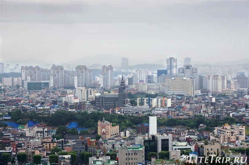 Южная Корея. Сувон - вид на город.