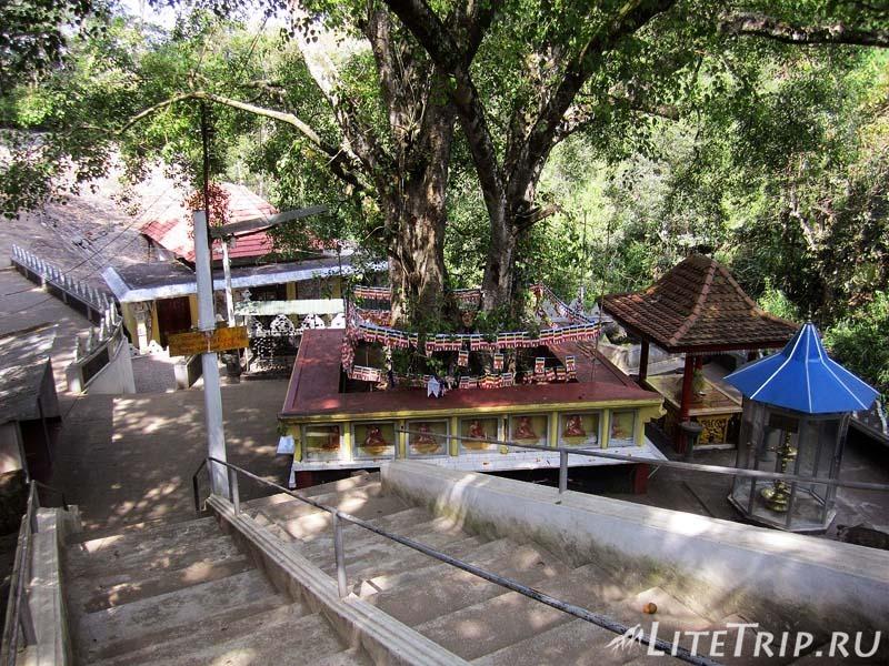 Шри-Ланка. Элла - спуск к храму Дова.