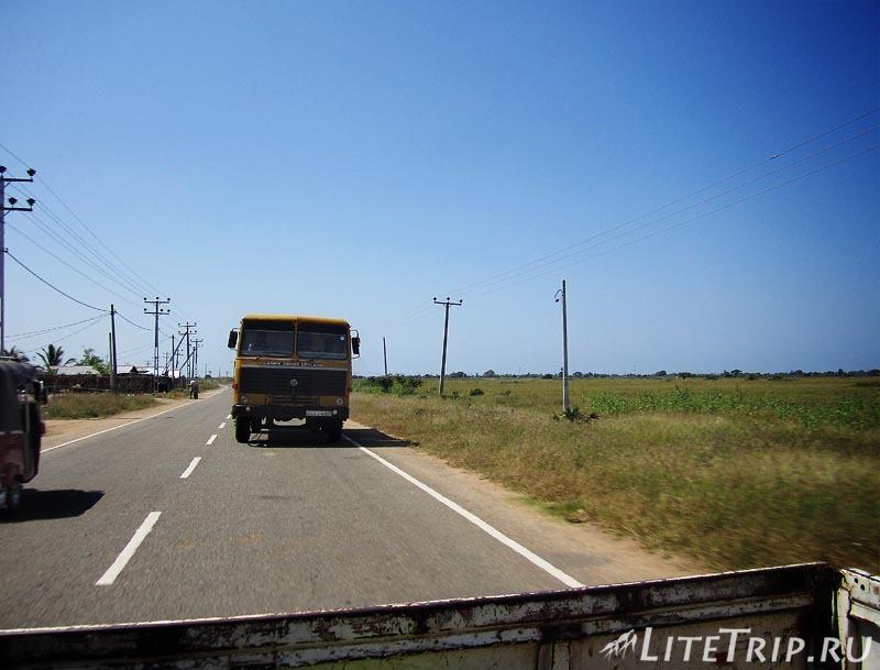 Шри-Ланка. Автостопом до Джафны.