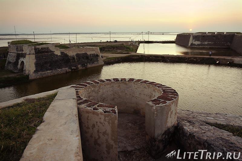 Шри-Ланка. Джафна форт внутри.