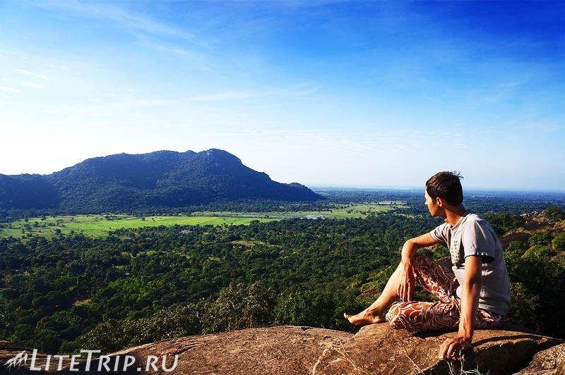 Шри-Ланка. Монастырь Михинтале - вершина скалы Махинды.