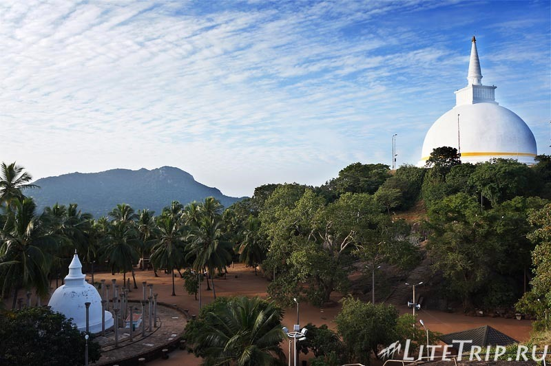 Шри-Ланка. Монастырь Михинтале - территория.