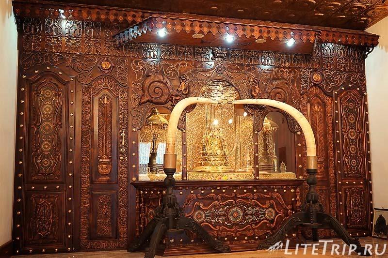 Шри-Ланка. Монастырь Михинтале - реликвии.
