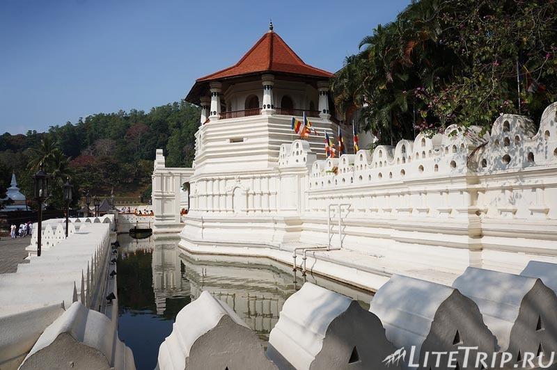 Шри-Ланка. Канди. Храм Зуба Будды.