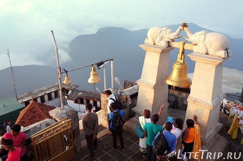 Шри-Ланка. Храм на вершине Шри Пады.