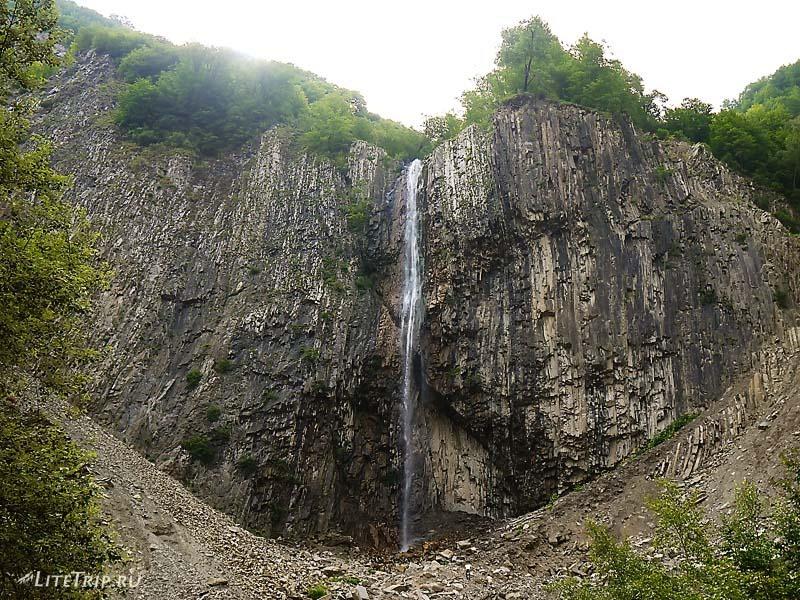 Азербайджан. Водопад Илису.