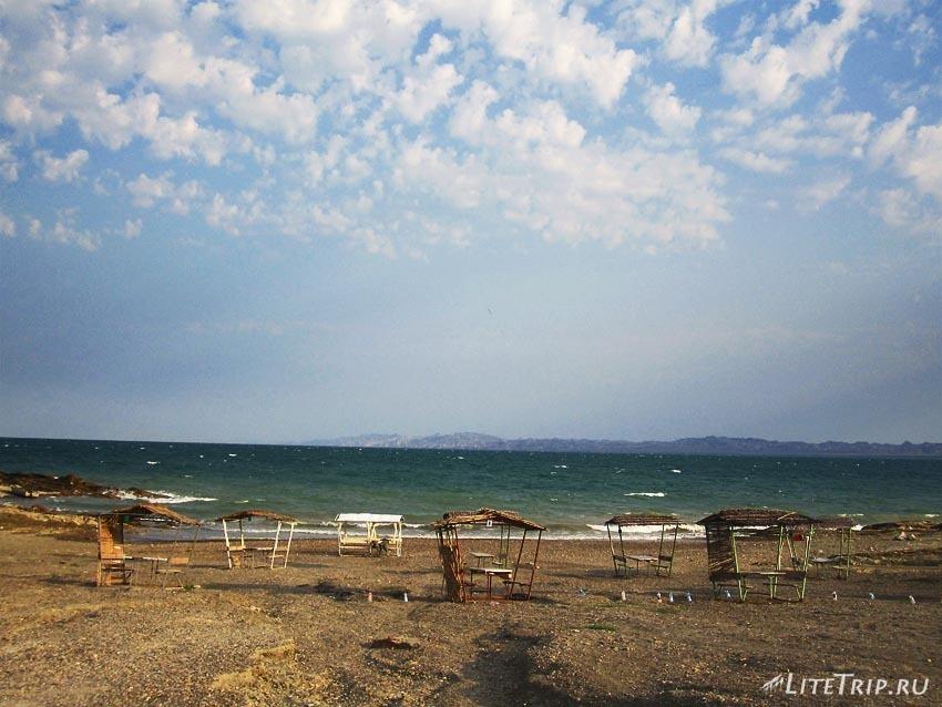 Азербайджан. Мингечаурское водохранилище. Берег.