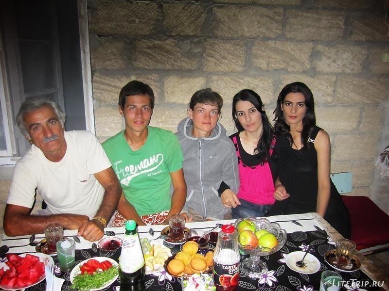 Азербайджан. В гостях у азербайджанской семьи.