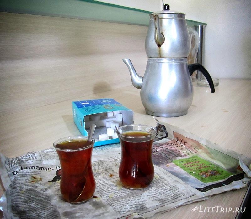Турция. Чай на лесопилке.