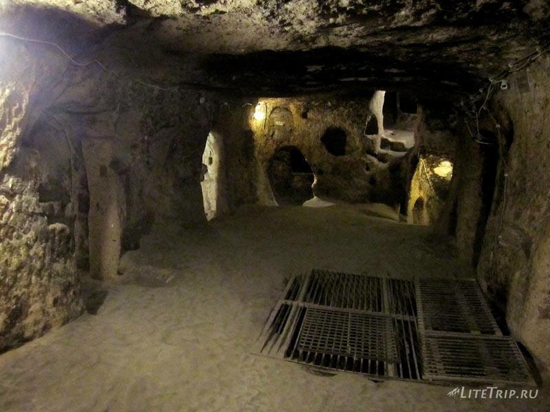 Турция. Подземный город Каймаклы - коридоры.