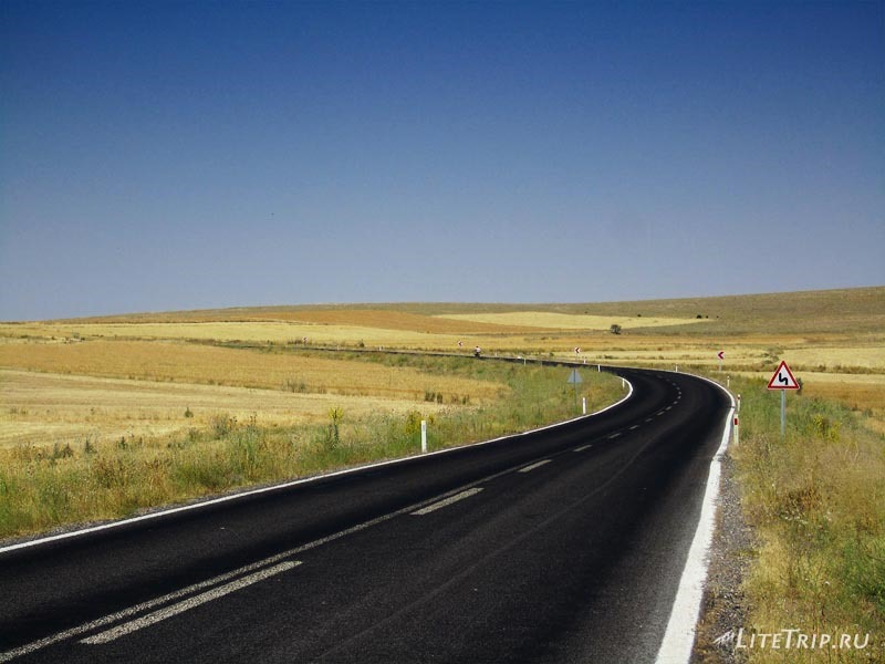Турция. На пути к каньону Ихлара.