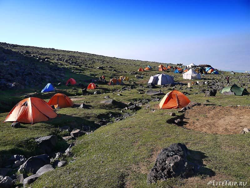 Турция. Наш лагерь на горе Арарат.