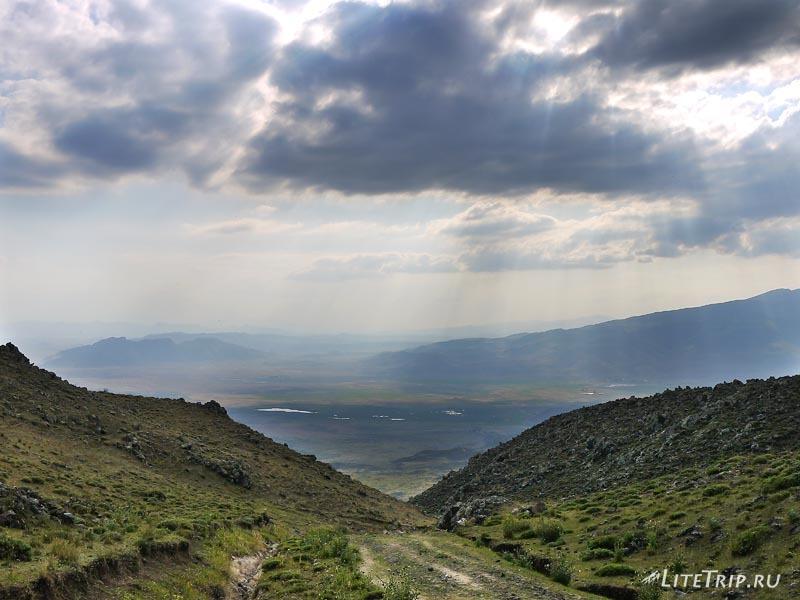 Турция. Спуск с горы Арарат.