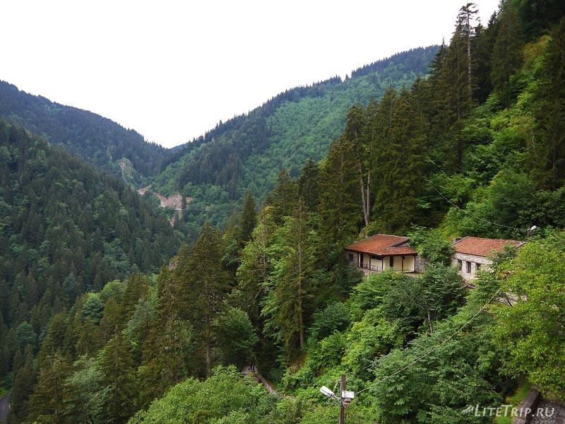 Турция. Зеленые горы вокруг Мачки.