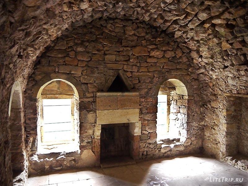 Турция. Внутри небольших строений монастыря Сумела.