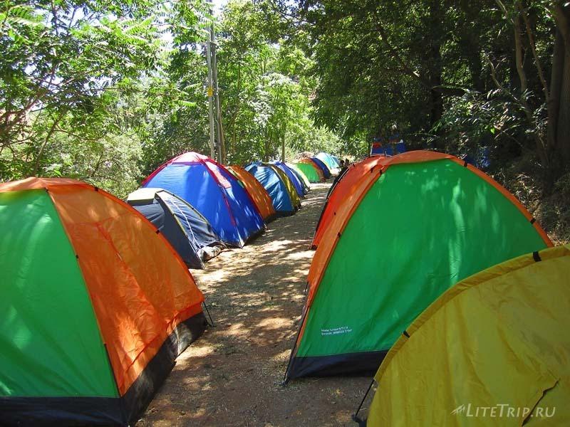 Турция. Палаточный лагерь на музыкальном фестивале в Тунджели.