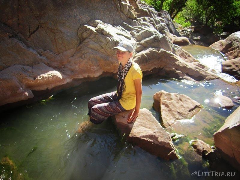 Турция. Мила в водах водопада Тунджели.