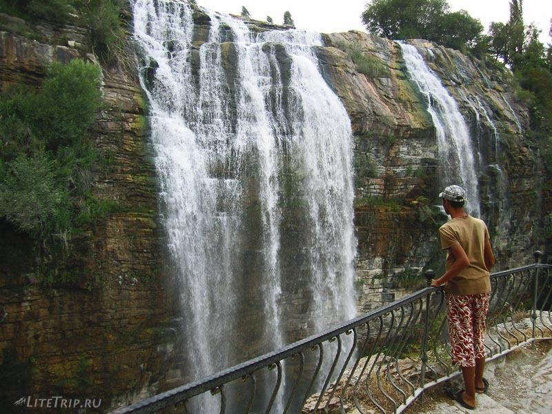 Турция. Водопады Тортум Кайи - смотровая площадка.