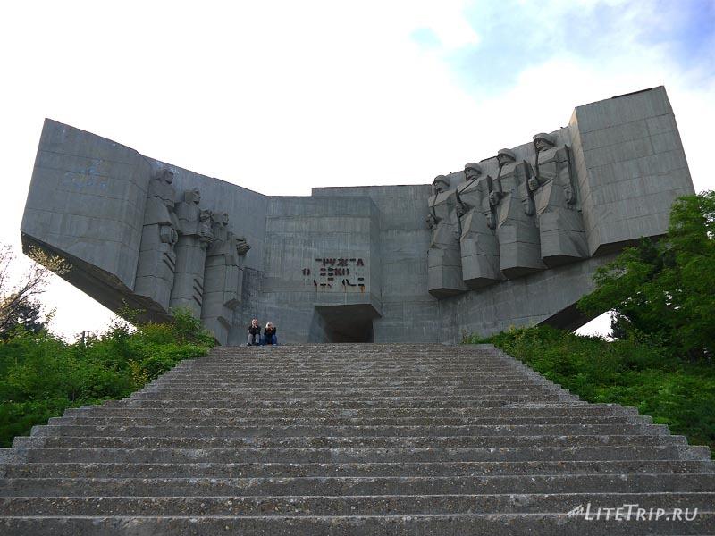 Болгария. Варна - памятник Советской Дружбы