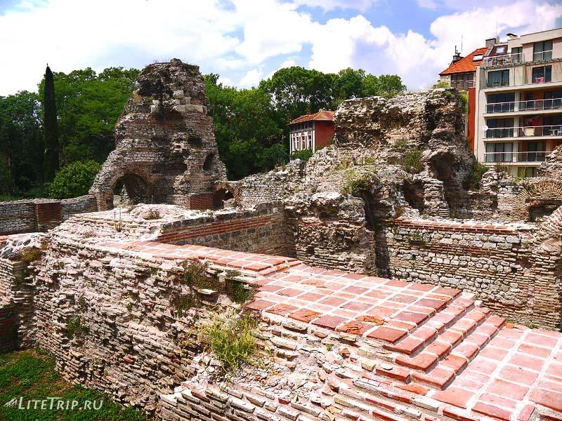 Болгария. Римские Термы в Варне. Развалины.