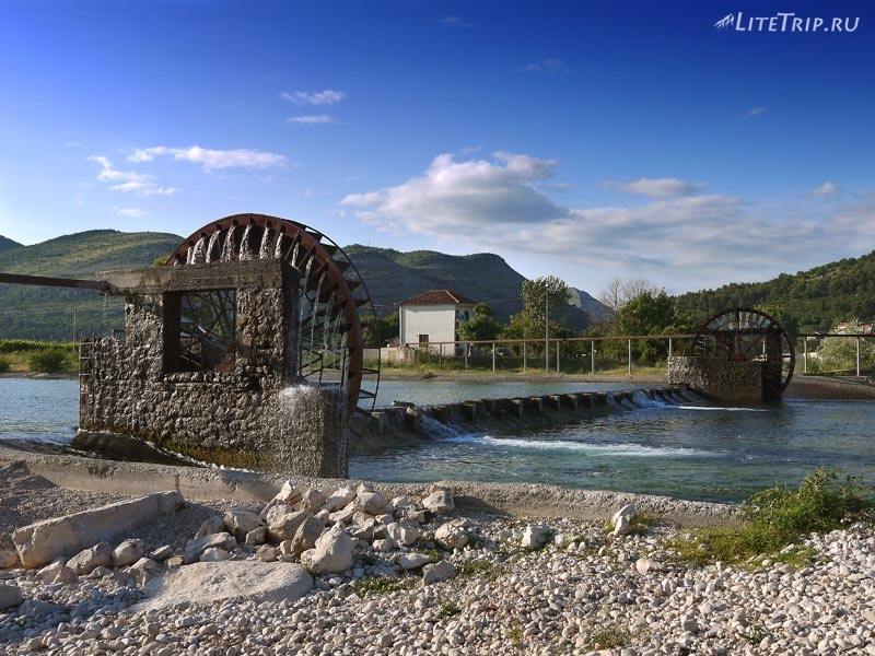 Босния и Герцеговина. Требинье - водяные мельницы.